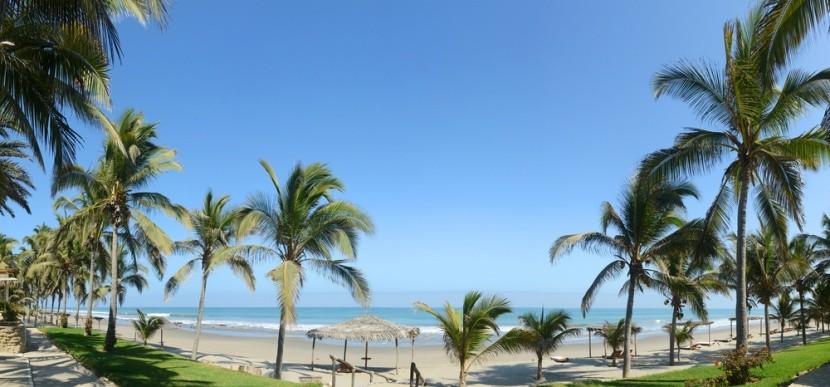 Plážové mesto Mancora, Peru