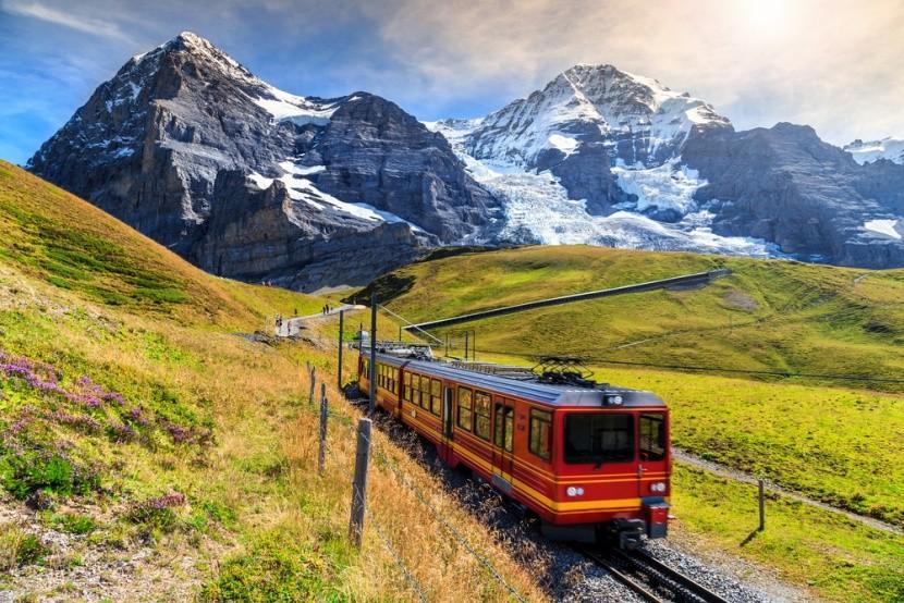 Ľadovcový Bernina Express