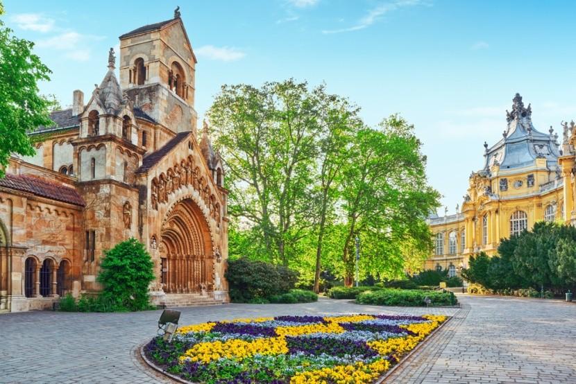Vajdahunyad, Magyarország