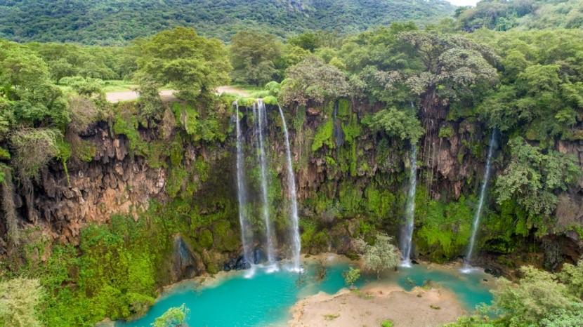 Omán vás prekvapí zeleňou a vodopádmi