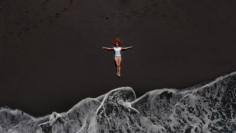 Fekete homokos strand Tenerifén