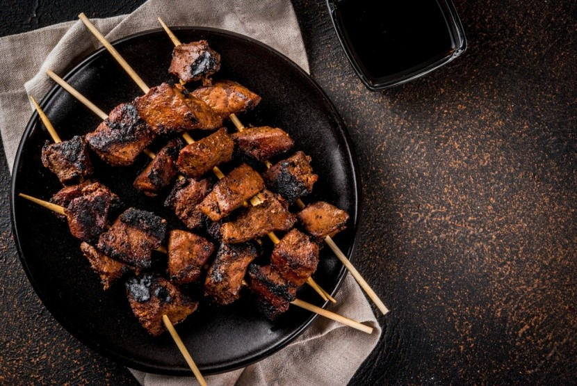 Ízletes húsos nyárs - anticuchos