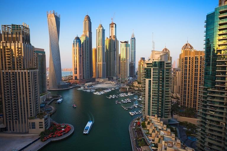 Dzielnica Dubai Marina, Emiraty Arabskie