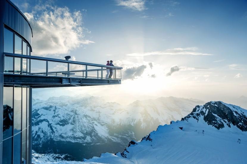 Platforma widokowa na lodowcu