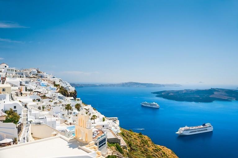 Białe domki na Santorini, Grecja