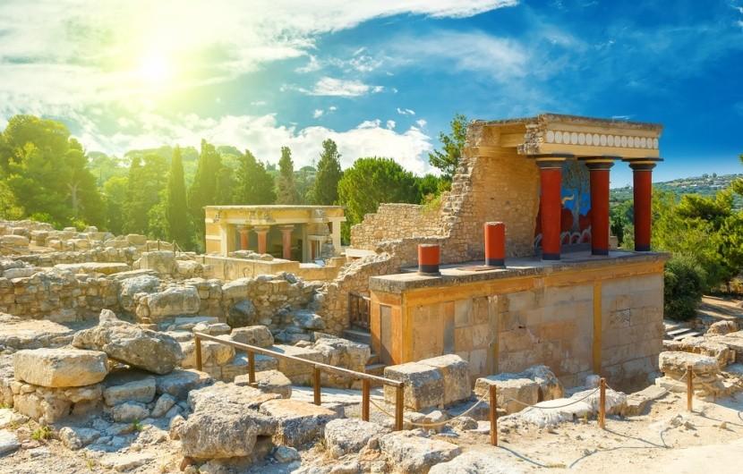 Slavný palác Knossos na Krétě