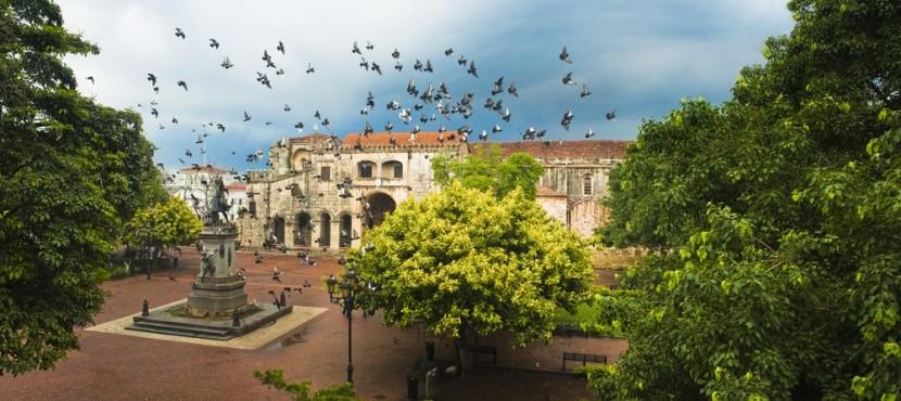 Kolumbův dům a socha, Santo Domingo