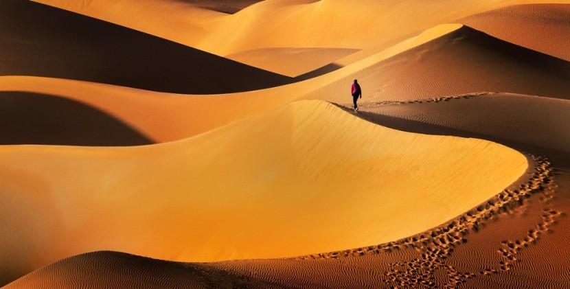 Nekonečné duny v Arabské poušti