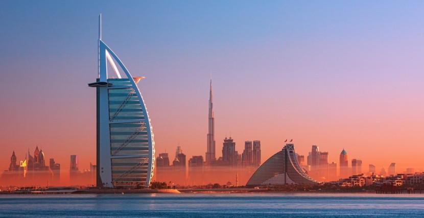 Dubaj v západu slunce