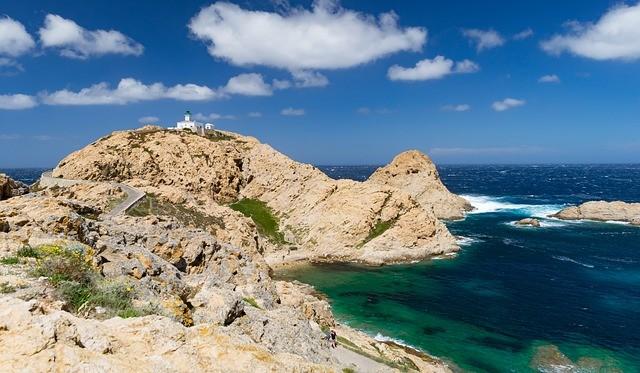 Cudowne wybrzeże Sardynii na wakacje