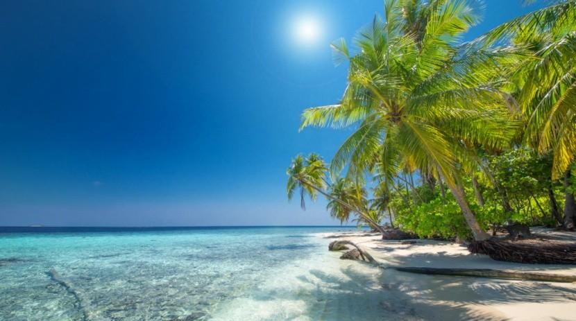 Nebesky modré Curaçao