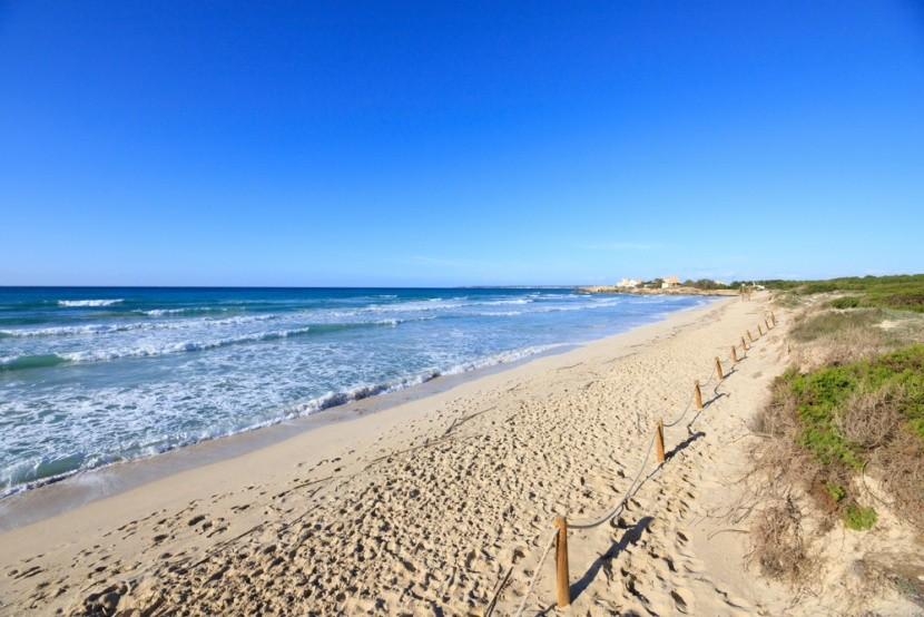 Nekonečná pláž na Mallorce