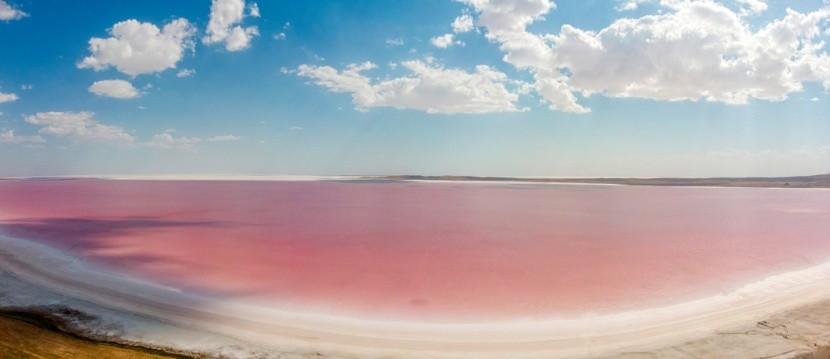 Slané jezero Tuz Gölü