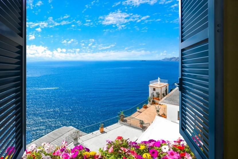 Středozemního moře stále nabízí krásná místa