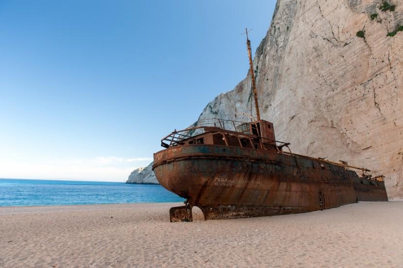Hajóroncsok nyomában