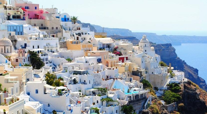 Niezwykłe Santorini na wakacje