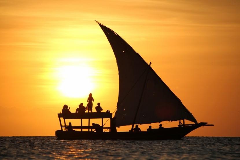 Západ slunce na Zanzibaru